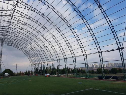 uscelik-insaat-futbol-kapali-hali-saha-8